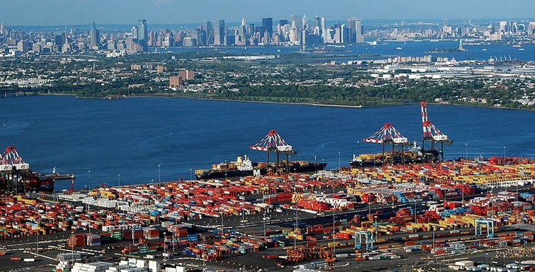 "Port of NY & NJ develop a ""green"" strategy"